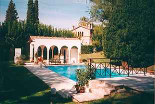 pool of luxury villa rental